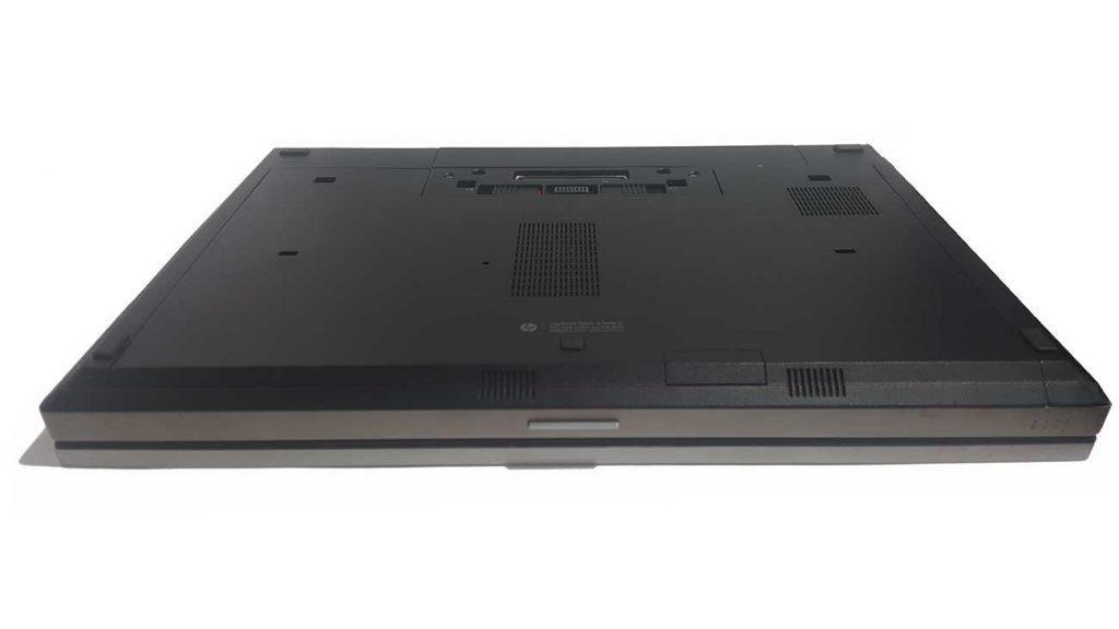 نمای زیر- لپ تاپ استوک HP Elitebook 8560p