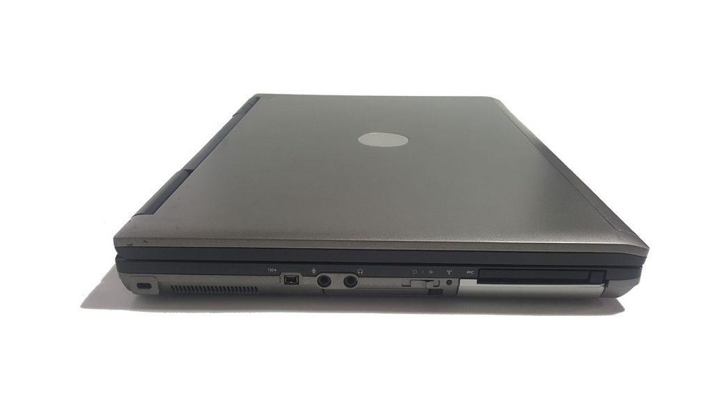 نمای چپ - لپ تاپ استوک Dell latitude d830